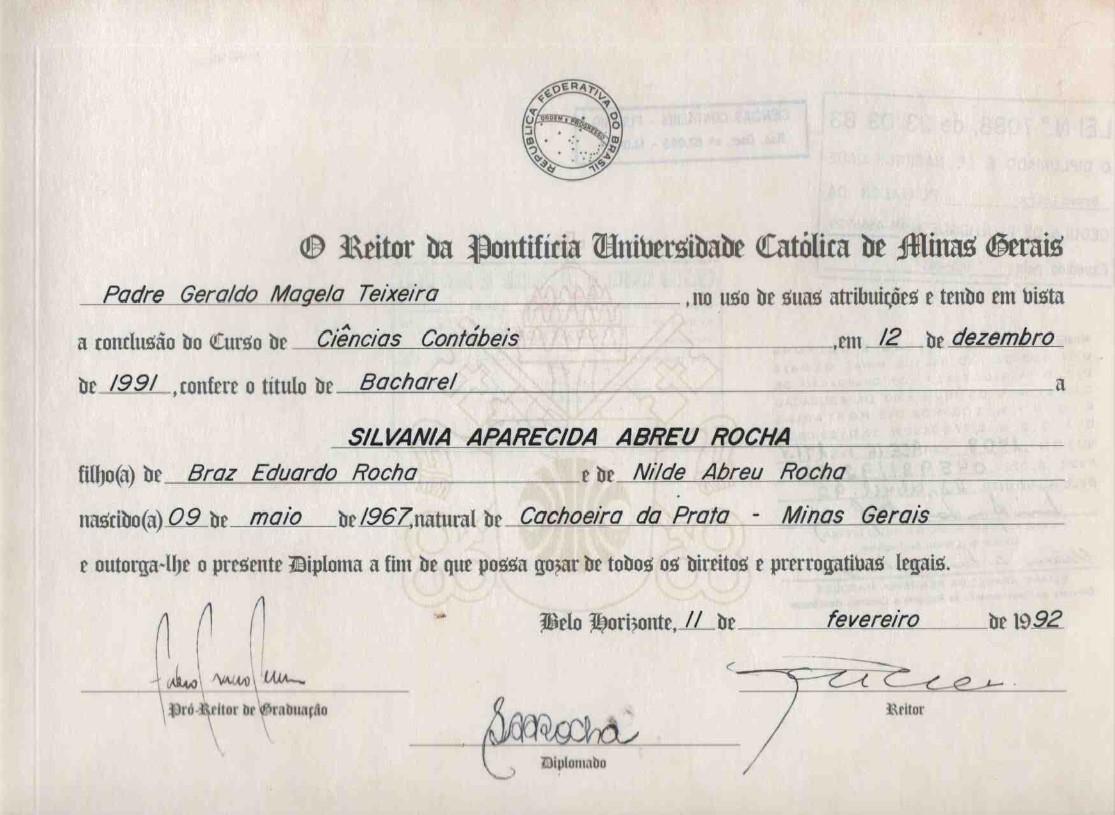 Certificado PUC MG 1992 - Graduação em Ciências Contábeis